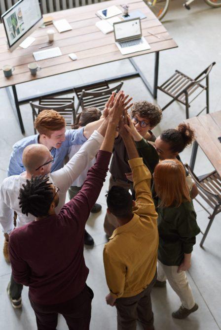 Indépendance ou autonomie : des clés vers des relations épanouies en entreprise